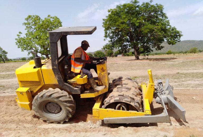 Janvier 2014 réalisation seuils rizicoles sur le site de Soaodou dans la commune de Ouassa Pehunco